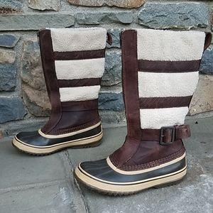 Sorel Helen of Tundra boots
